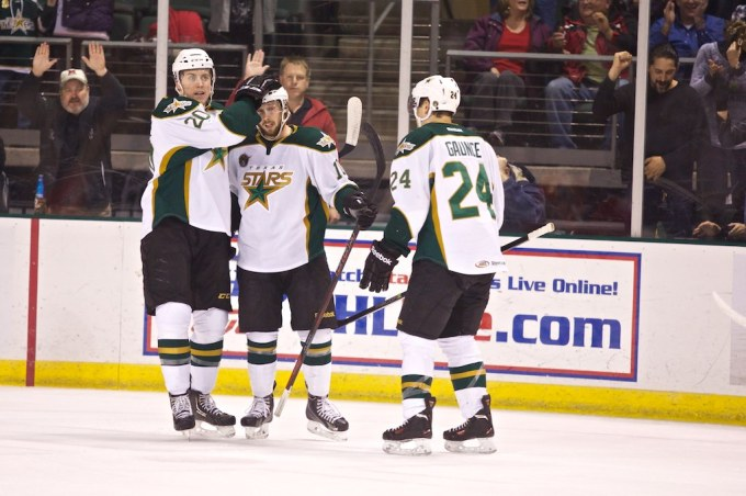 Justin Dowling celebrates his first goal at home this season. (Photo by Christina Shapiro/Texas Stars)