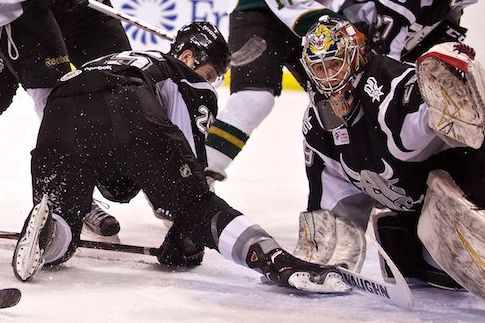 Michael Houser stopped 44 of 46 shots in the win for San Antonio. (Christina Shapiro/Texas Stars)