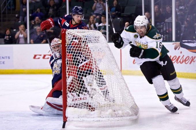 Curtis McKenzie celebrates his second-period goal against Grand Rapids. (Photo by Christina Shapiro/Texas Stars).