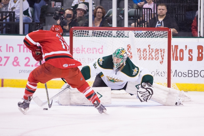 Jussi Rynnas stops a penalty shot by Alex Aleardi  in the first period. (Photo by Christina Shapiro/Texas Stars)