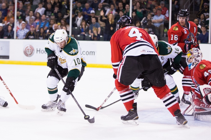 Justin Dowling fires a shot against Rockford. (Photo by Christina Shapiro/Texas Stars)